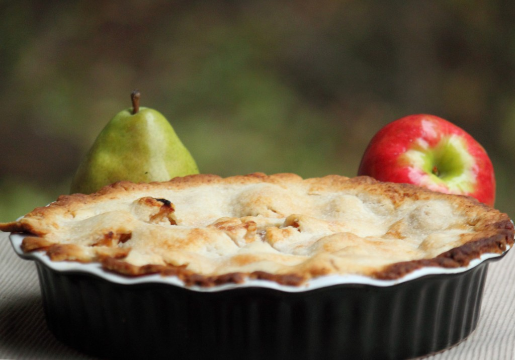 Pear, Apple, and Cranberry Pie