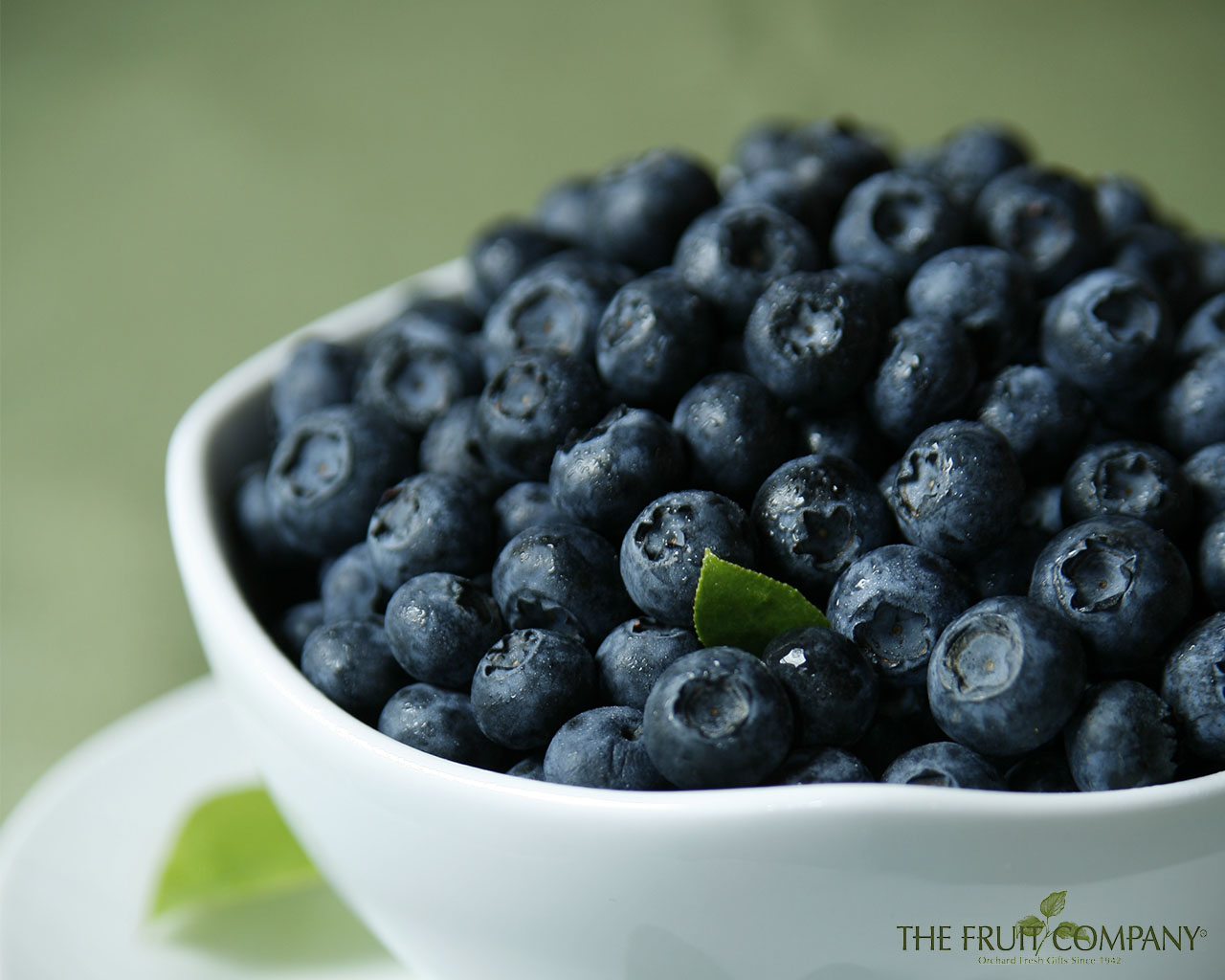 Wallpaper Wednesday: Delicious Blueberrries | The Fruit ...