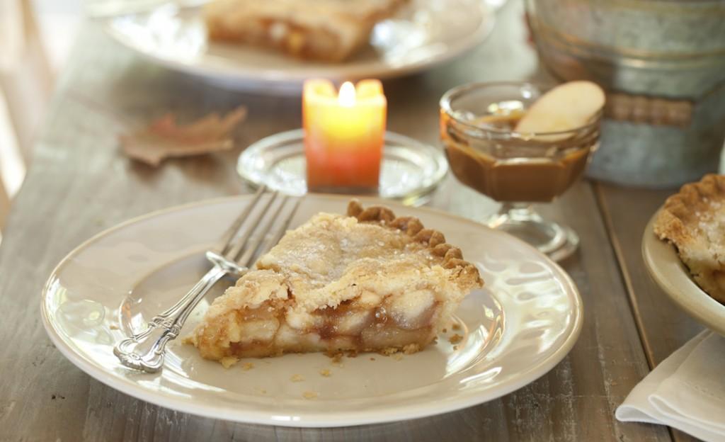 Caramel Apple Pie Recipe on The Fruit Company Blog (photo:istock)